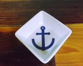 Petite Ring Dish with Anchor/Jewelry Dish/Bridal Party Gift/Wedding Party Gift/Custom Jewelry Dish with Anchor/Trinket Dish