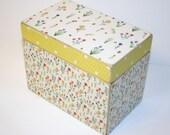 Wildflower Recipe Box, 4x6 Wood Box, Yellow Honeycomb Recipe Box, Bumblebee, Keepsake Box, Recipe Organizer, Yellow Recipe Box