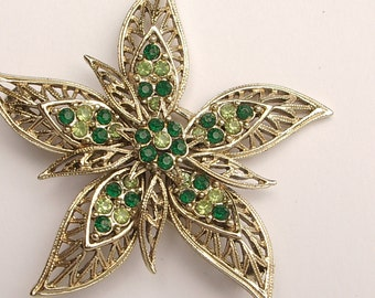 Vintage 1960's Corocraft flower brooch pin, Gold filigree brooch, Green rhinestones brooch, Green and gold Antique jewelry, Costume jewelry