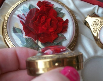 Vintage 1940 Lucite Roses Spectacular Gorgeous Set Never Used in Original Box Lipstick Tube Rouge w Compact Ring Holder Complete Set PRETTY