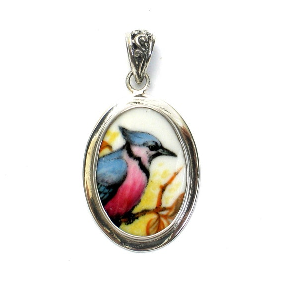 Broken China Jewelry Blue Jay Bird Right Facing Sterling Oval Pendant