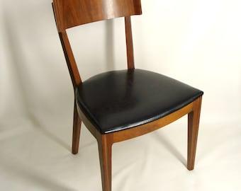 SALE was 1,200. 6 vintage 60s 1962 Drexel Mid Century Modern Dining Room Side Chairs. Walnut w/ Veneer Backs and Black Vinyl Seats