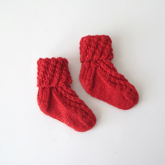 Spiral Socks Knitting Pattern : Hand Knit Baby Socks 3-6 months spiral rib pattern in red