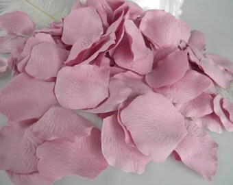 500 Dusty Rose Pink Petals / BULK Artificial Rose Petals /  Wedding Ceremony /  Shower Its a Girl / Flower Basket Petals / NEW COLOR