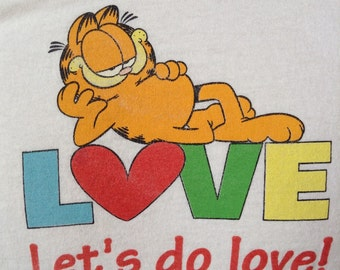 Vintage Garfield lets do love t shirt