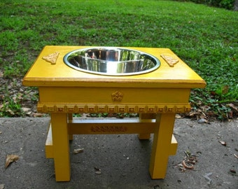 Single Bowl Feeder Large Dogs, Elevated Dog Feeder, Marigold Yellow, Cottage Chic One 3 qt Bowl Raised Pet Feeder Made to Order