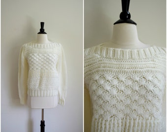 Vintage cable knit white sweater / knit cozy sweater / white jumper