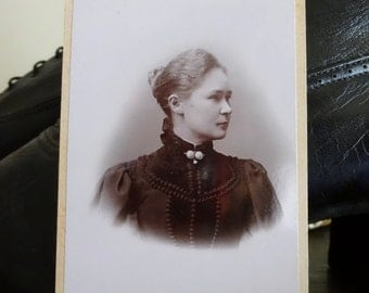 Ludv W. Meyer - Antique photograph, Cabin Photo, Portrait, Vintage photo - Lovely profile of woman in Victorian / Edwardian blouse