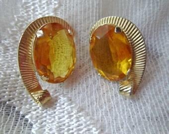 Vintage Earrings Clip Amber Topaz Rhinestone Earrings Goldtone