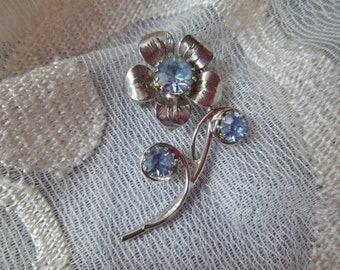 Vintage Brooch Pin Blue Rhinestones Silvertone Flower