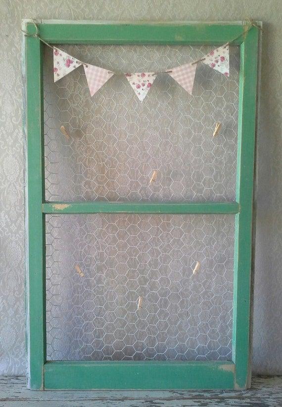 Vieille fen tre fen tre verte conseil de memo conseil for Decoration vieille fenetre