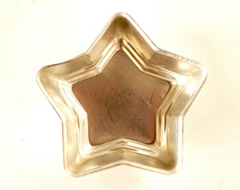Vintage Aluminum Star Shaped Jello Mold in Silver, Small, Qty.1 (c.1970s) - Independence Day Decor, Gift Basket, Votive Holder