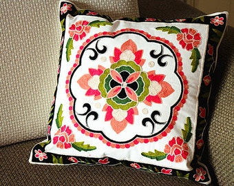 "Designer canvas Pillow - blue green blue red Floral Embroidery Pillow Cover -18"" x 18"" /45 cm Decorative Cushion Cover Throw Pillow cover 77"