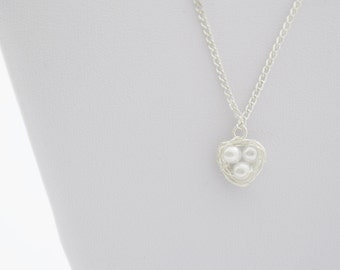 Bird Nest Necklace, White Pearl Necklace, Baby Shower Gift, White Egg Nest Necklace, Wire Wrapped Nest, Bird Nest Pendant, Gift for Mom