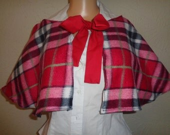 Red Checkered Fleece Cosplay Capelet