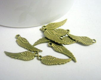 15 Bronze Tone Tercel Wing Charms    (1174)