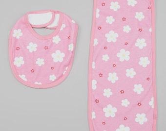 Daisy Print Bib and Burp-cloth Set