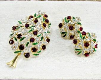 Vintage SPHINX Brooch & Earrings Set, Christmas Tree Brooch Pin, Red Clip-On Earrings, SWAROVSKI Crystal Brooch, 1970s Christmas Jewelry
