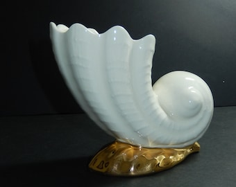 Mid century Sea Shell shaped Ceramic Vase Fluted edge top- cream color crazed snail shape flower vase