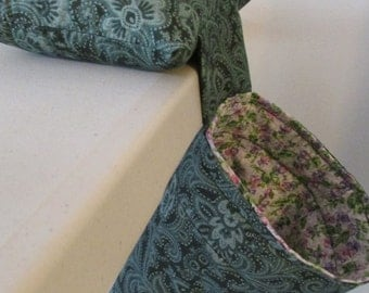 Green Pincushion with Thread Catcher / Scrap Caddy / Tool Caddy