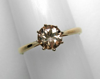Pink Zircon Ring in Rose Gold, 6 mm