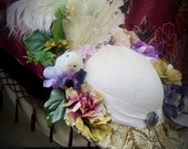 Victorian Ladies Hat w/Floral ivory/ pale gold