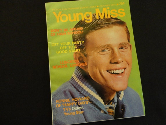 "Vintage 1974 Ron Howard Cover of  ""Young Miss"" Magazine - 5 page Happy Days with Ron Howard Article, stories, fashions and more, 74 pages"
