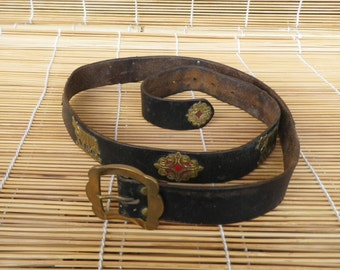 """Vintage Aged Dark Brown Leather Tooled Belt Fits from 33"""" to 36"""" waist"""
