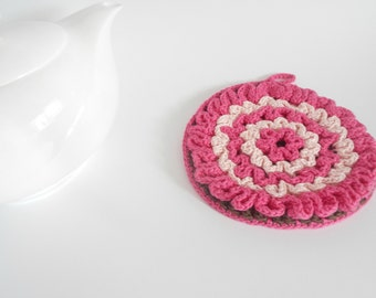 Crochet round potholder in pink and brown,handmade crocheted trivet, crochet kitchen pink home accessory, READY TO SHIP