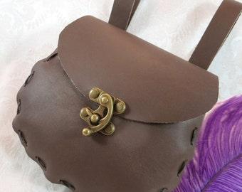 Medieval Renaissance Brown Leather Belt Bag / SCA LARP Belt Pouch / Pagan Wicca Belt Bag / Gothic Steampunk Leather Belt Purse / Garb