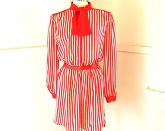 Secretary Bow Dress / 80s Clothing / Red Striped Dress / Pussy Bow Dress / Work Dress / Red Dress / M - L