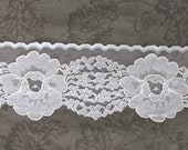 Vintage lace trim, White floral lace, wide lace, journal trim, craft supplies, DIY weddings, DIY pillow trim, bunting, banner supplies, 1C