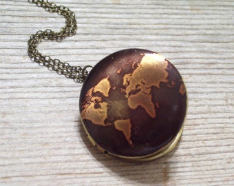 Map Locket Necklace, Globe Locket, Continents Locket, World Traveler, Unisex Locket, Round Brass Locket Pendant, Men's Locket