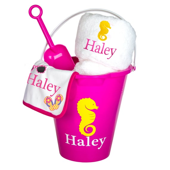 Personalized Beach Baby Gift Set Sand together with 100 Handmade Gifts For Mom moreover Screaming baseball coffee mug 168397948391406332 additionally Personalized Volleyball Water Bottle  p 202 as well 10 Easy Teacher Gift Ideas. on monogrammed plastic card