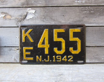 Antique License Plate New Jersey NJ Vintage 1942 Black & Yellow 1940s Era Distressed Aged Patina Car Auto Hot Rod Rat Rod Man Cave Sign VTG