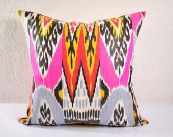 Ikat Pillow, Decorative Ikat Pillow Cover A101, Ikat throw pillows, Designer pillows, Decorative pillows, Accent pillows