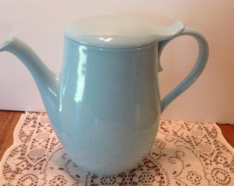 Lovely Mid-century lidded Water Pitcher, Iced Tea Pitcher, Pale Blue with Speckles