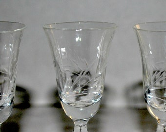 sale cordials   a set of  3     aperitifs    etched  paneled  glass  vintage glass