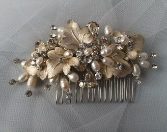 Gold Bridal Hair Comb or Clip, Bridal Hair Accessories, Boho Shabby Chic Style Wedding Hairpiece, Freshwater Pearl & Swarovski crystals