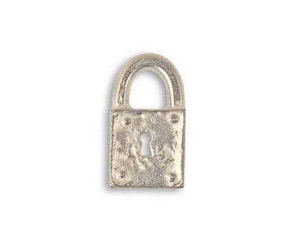 Vintaj 17x9mm Journal Lock & 18x10mm Journal Key - Artisan Pewter