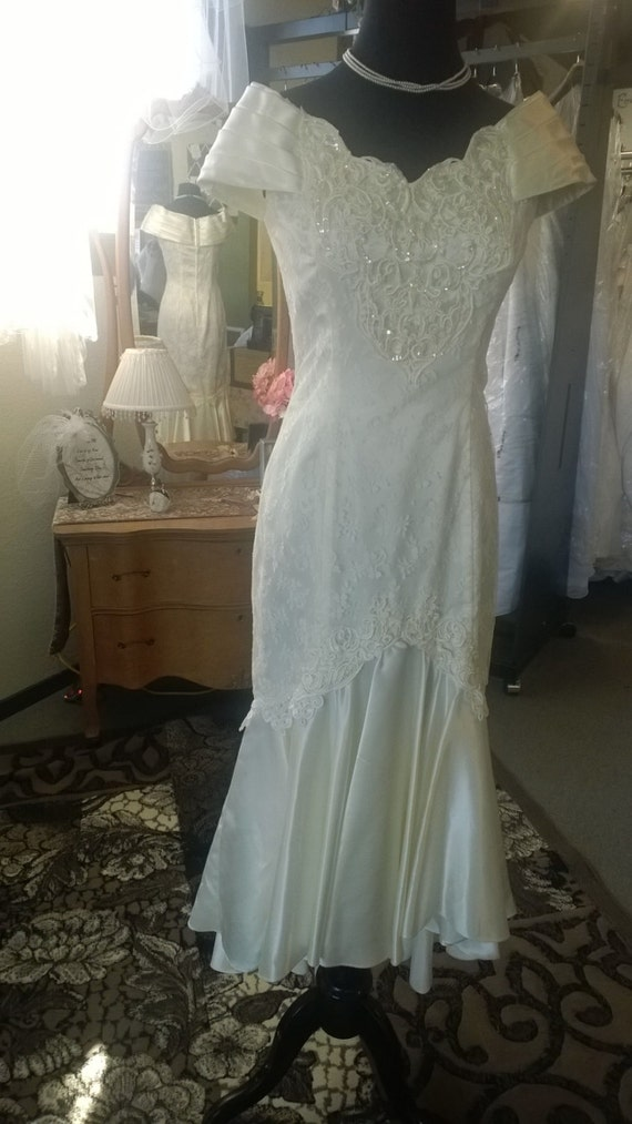 Vintage jessica mcclintock 1990s wedding dress size 7 8 for Jessica mcclintock wedding dresses outlet