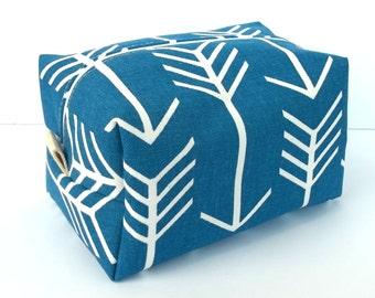 Blue Arrow Makeup Bag - Water Resistant Makeup Bag - Bridesmaid Bags
