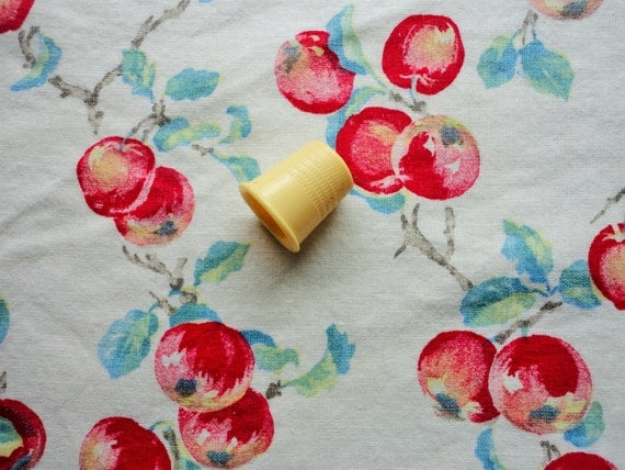 Apple Print Vintage Cotton Fabric Tablecloth By
