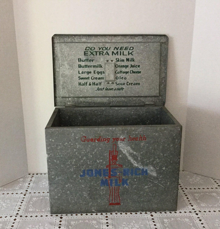 vintage metal milk delivery box dairy box. Black Bedroom Furniture Sets. Home Design Ideas