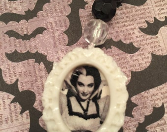 Lily Munster Gothic Rosary