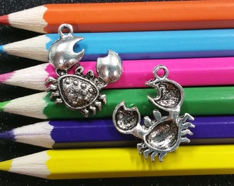 10 PCS - Crab Nautical Sea Animal Louisiana Silver Charm Pendant C0318