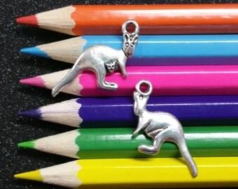 5 PCS - Kangaroo Australia Zoo Animal Silver Charm Pendant C0962