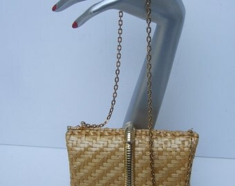 Rodo Stylish Wicker Gilt Trim Handbag Made in Italy c 1970s