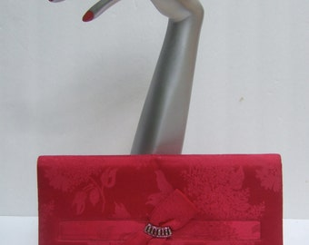 SAKS FIFTH AVENUE Fuchsia Satin Clutch Bag c 1960