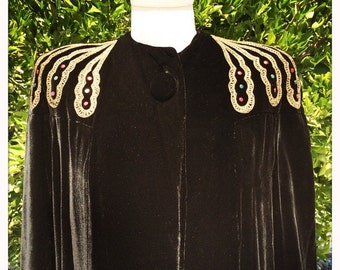 Stunning Women's Vintage 40s Black Velvet SWING COAT with Gold Metallic Details